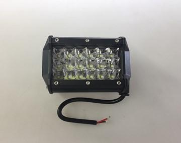 Imagen de FARO CAMINERO LED RECTANGULAR 10X8CM 18 LED 18W 12/24V